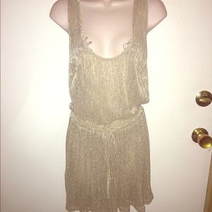 Dresses & Skirts - Gold 1920's style shift dress with draw waist